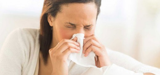 cold-flu-woman-blowing-nose